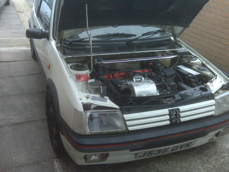 205 gti 1.6 unfinshed project IMG00039
