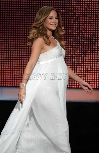 Pregnant Celeb's Jenniferlopez11372_cbb