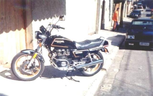 UM HORNETÃO (CB 1300 SF) NO  SUZUKI ON LINE Moto6