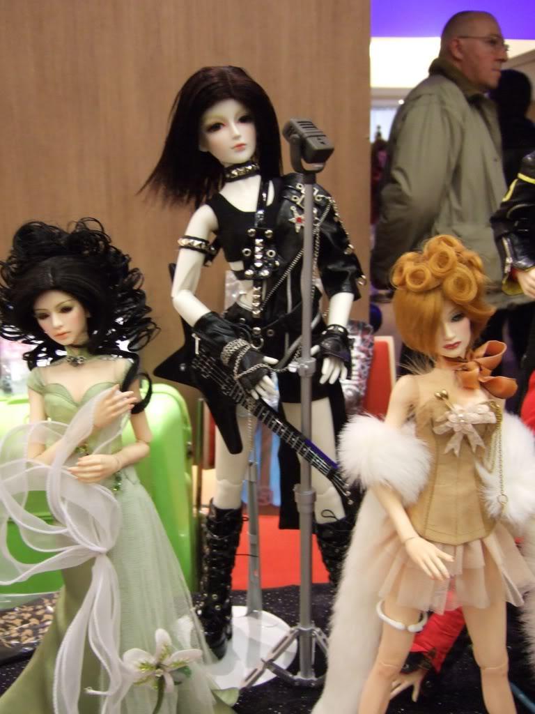 Paris Fashion Doll Festival de ce week-end - Page 3 2007_0318one0152