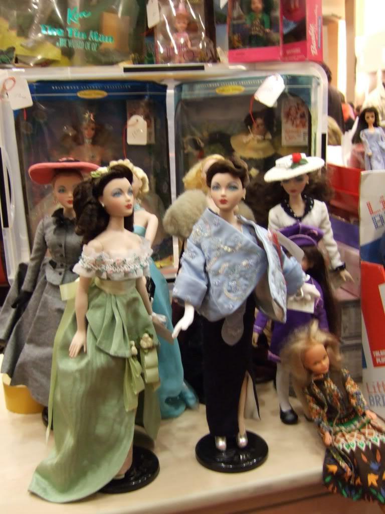 Paris Fashion Doll Festival de ce week-end - Page 3 2007_0318one0164