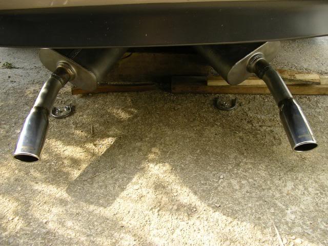 Write-Up: Custom Y-Split Exhaust Pipes IMGP3636
