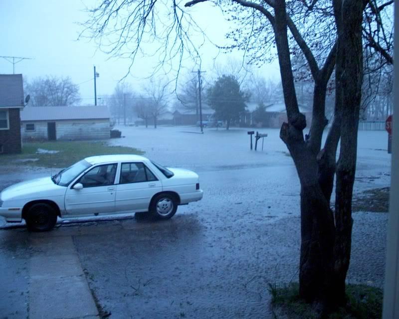 flood here in Missouri (pics) IM000001