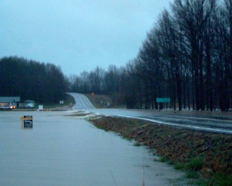 flood here in Missouri (pics) Jim3