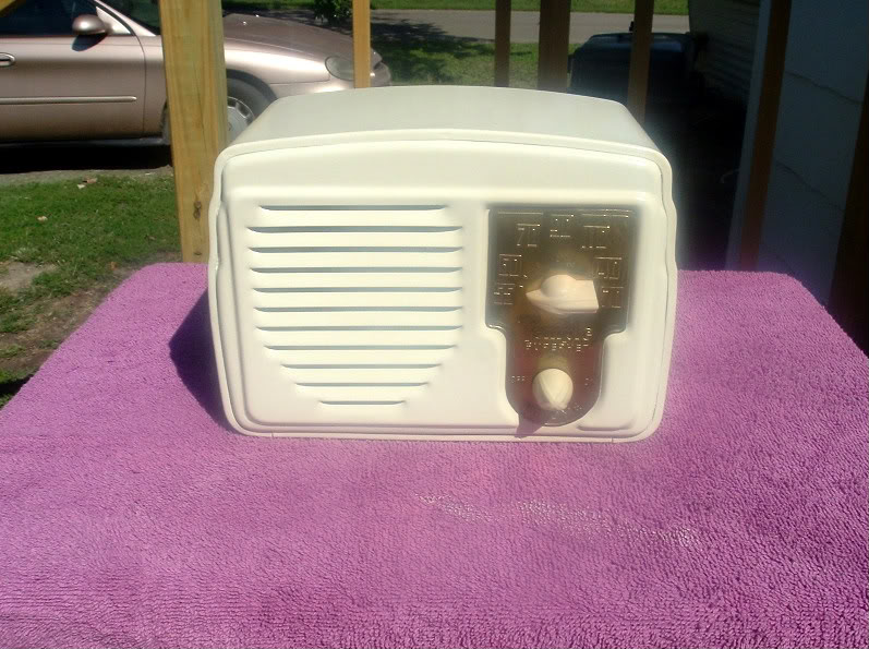 Temple G418 METAL RADIO (RESTORATION COMPLETED) Outside1-2