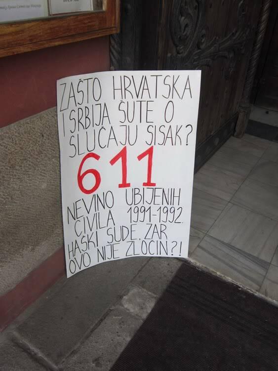 """Парастос жртвама """"Олује"""", субота 4.8.2012. Aparastos2012_25"""