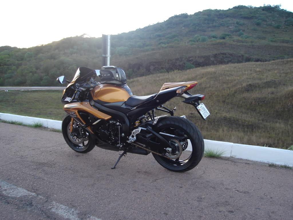 Alforge Magnético para moto esportiva alguém usa? DSC00039