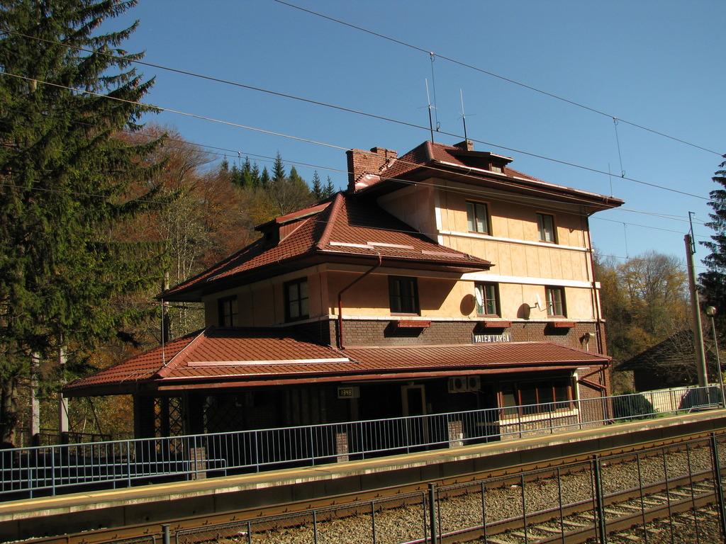 Valea Larga (300) IMG_0534_zpsizfepjmt