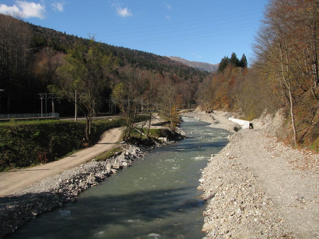 Valea Larga (300) IMG_0536_zpshwuir83h