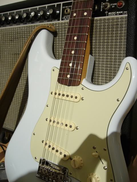 Fender Stratocaster Classic Player '60 (photos + video) - Page 3 P1040541