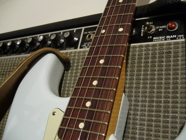 Fender Stratocaster Classic Player '60 (photos + video) - Page 3 P1040543