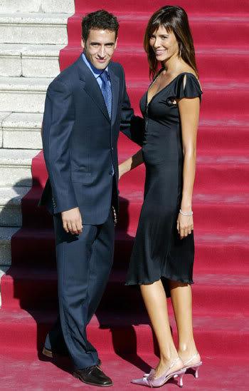 زوجات لاعبي العالم Raul--Sanz_2
