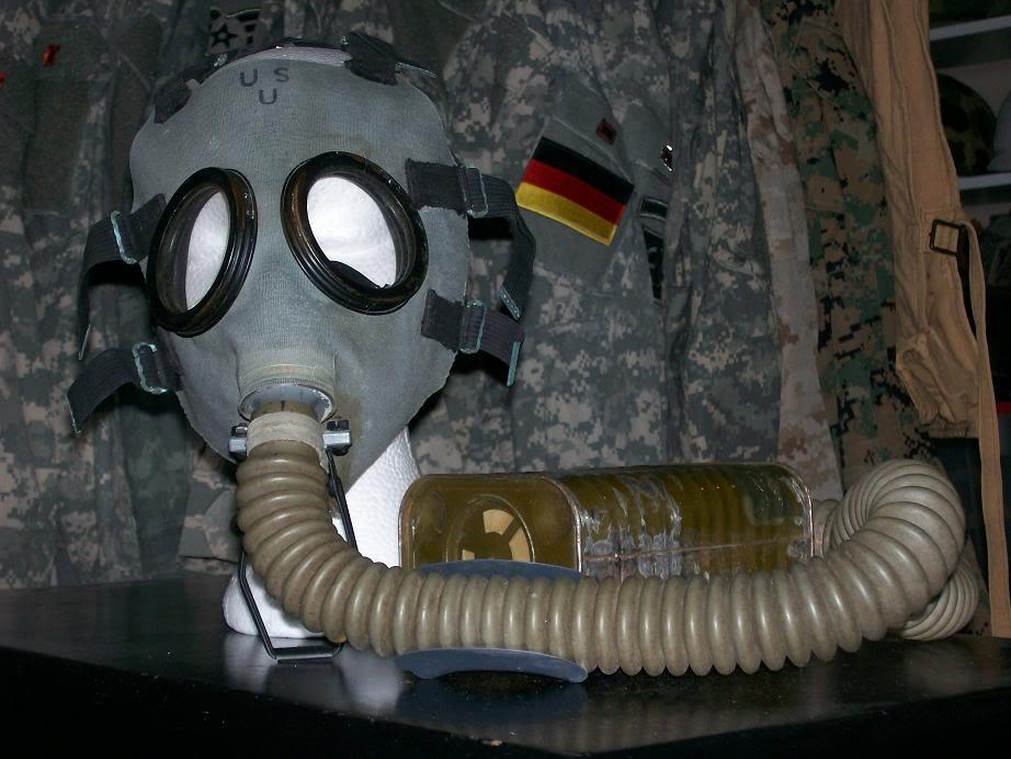 USMC Gas Mask. 100_3298