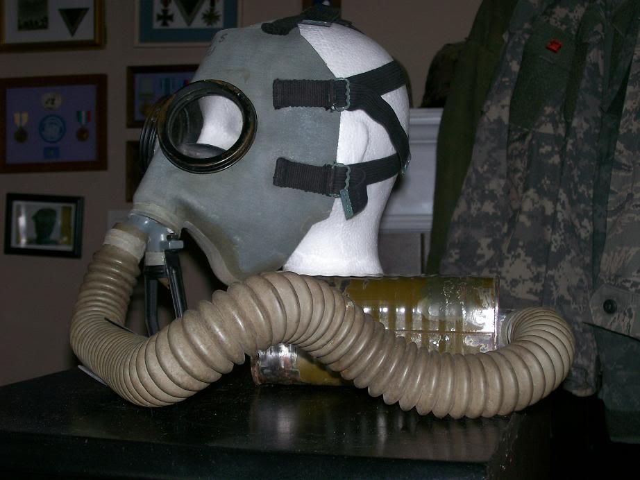 USMC Gas Mask. 100_3299