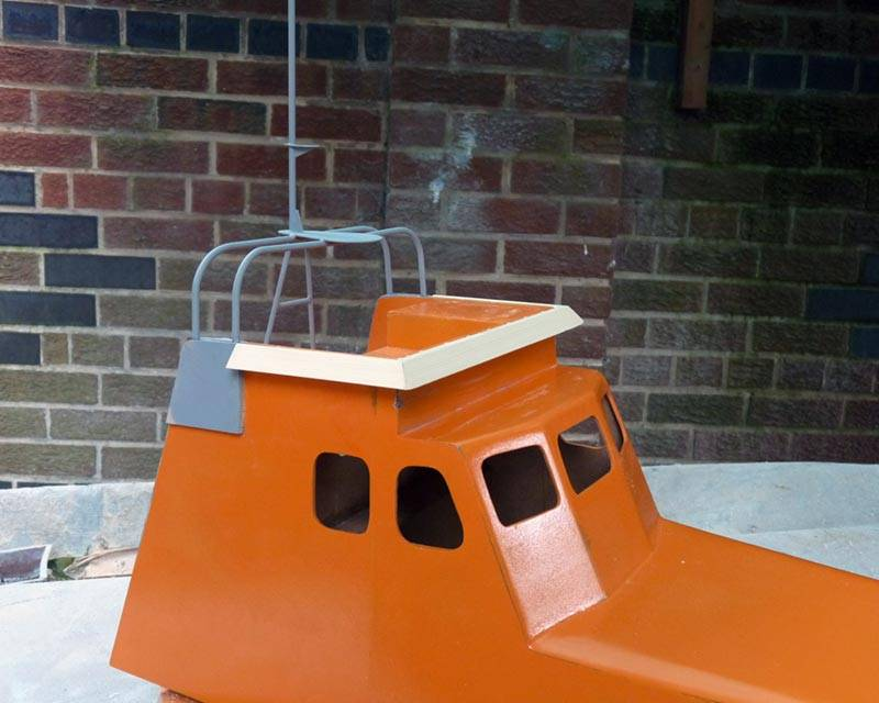 50 ft Thames class lifeboat - Page 3 Superstructure-11_zps28092a6d