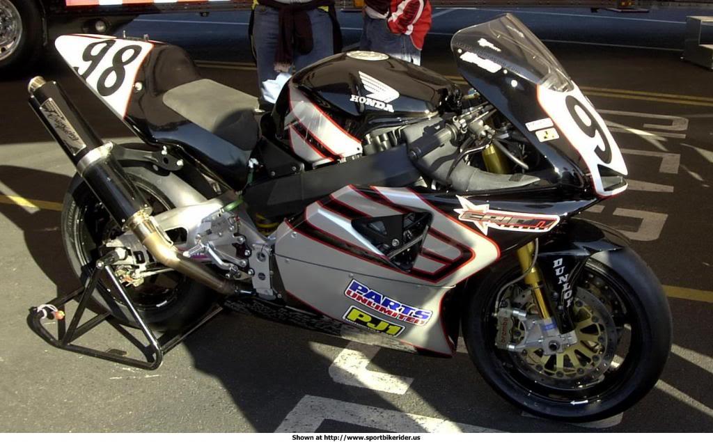Honda 900 CBR - Page 2 Image009_zps84f55d98