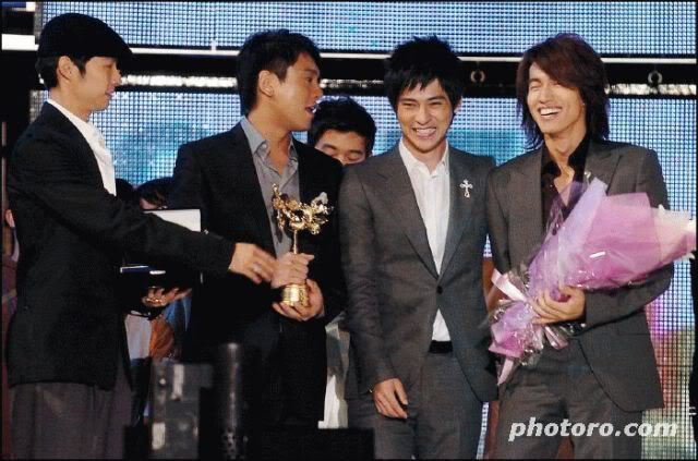 F4 - Vic,Jerry,Ken,Vaness Asia2