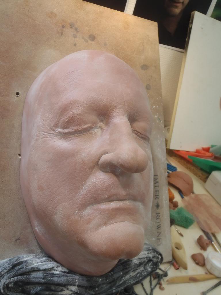 Gerard Depardieu (si si...) 16-Deuxiegravemesculpture_zps516d5bd7