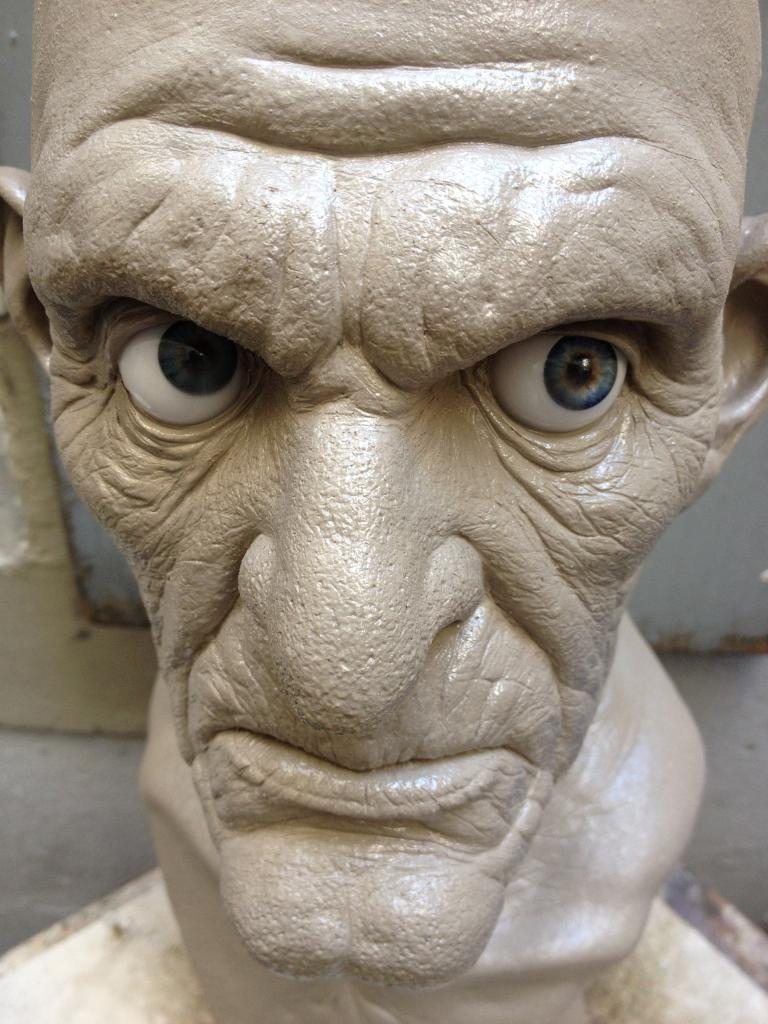 Creepy Old Man IMG_1170_zpsb38d1a37