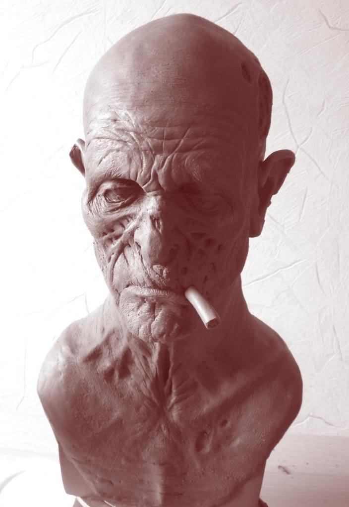 Un petit zombie qui fume (en cours...) Smoker2
