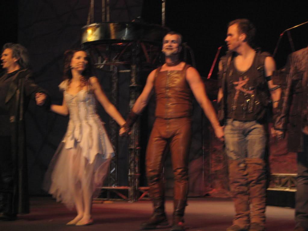 Рассказ Нюты о поездке в Лион на Дракулу, 15 января, 2008 IMG_0334
