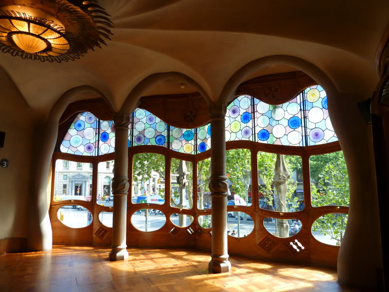 Gaudijeva arhitektura P1000331batllo