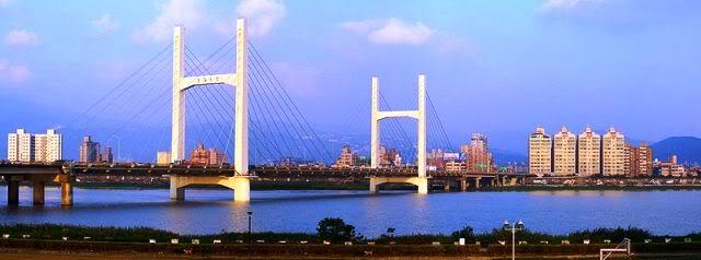 Taiwan 800px-taipeichongyangbridge1