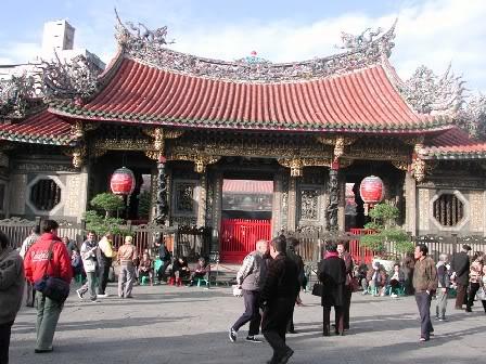 Taiwan Lungshan_temple_taipei_taiwan1