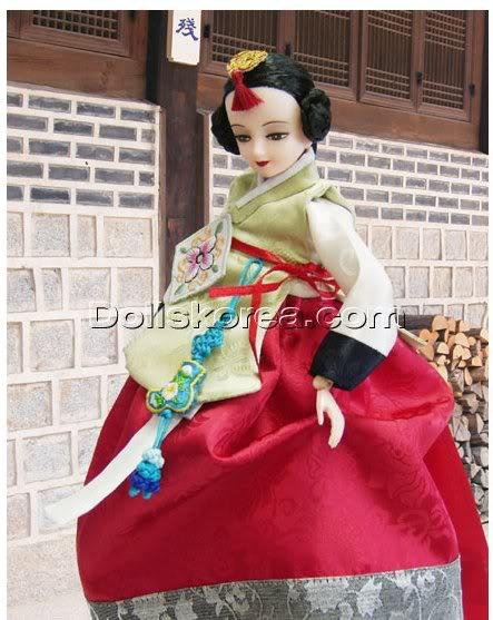 Geleneksel Kıyafetlerle Kore Oyuncak Bebekleri - Sayfa 2 103