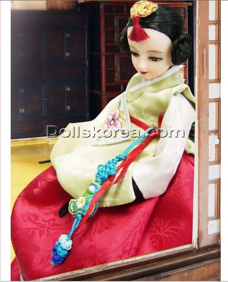 Geleneksel Kıyafetlerle Kore Oyuncak Bebekleri - Sayfa 2 106
