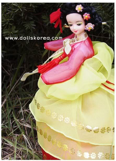 Geleneksel Kıyafetlerle Kore Oyuncak Bebekleri - Sayfa 2 112