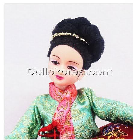 Geleneksel Kıyafetlerle Kore Oyuncak Bebekleri - Sayfa 2 121