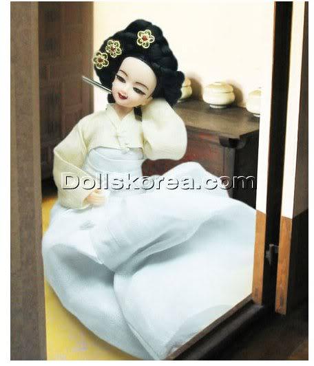Geleneksel Kıyafetlerle Kore Oyuncak Bebekleri - Sayfa 2 140