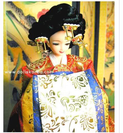 Geleneksel Kıyafetlerle Kore Oyuncak Bebekleri 15-4