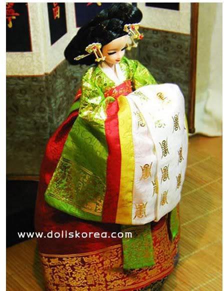Geleneksel Kıyafetlerle Kore Oyuncak Bebekleri 21-2