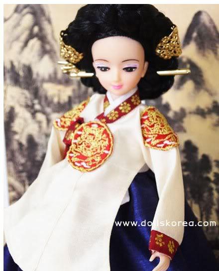 Geleneksel Kıyafetlerle Kore Oyuncak Bebekleri 23-2