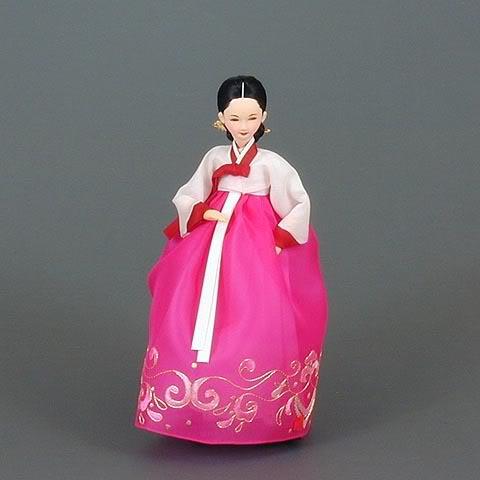 Geleneksel Kıyafetlerle Kore Oyuncak Bebekleri 3-4