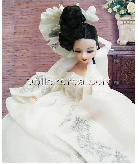 Geleneksel Kıyafetlerle Kore Oyuncak Bebekleri 32-1