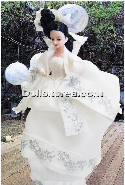 Geleneksel Kıyafetlerle Kore Oyuncak Bebekleri 33-2