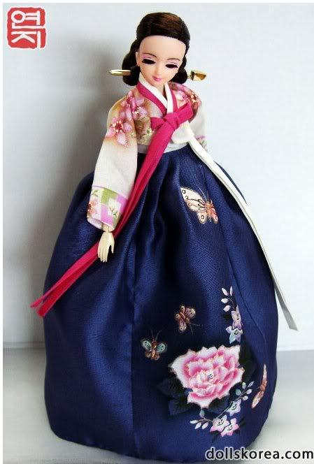 Geleneksel Kıyafetlerle Kore Oyuncak Bebekleri 42-1