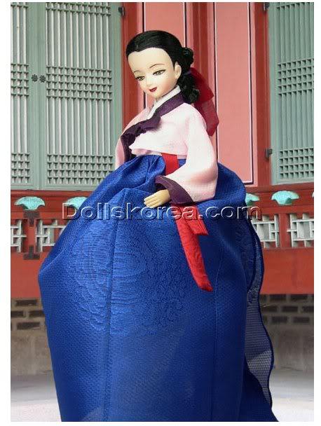 Geleneksel Kıyafetlerle Kore Oyuncak Bebekleri 62-3