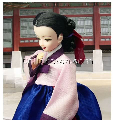 Geleneksel Kıyafetlerle Kore Oyuncak Bebekleri 63-1