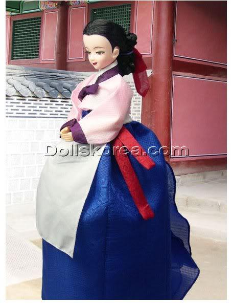 Geleneksel Kıyafetlerle Kore Oyuncak Bebekleri 64-2