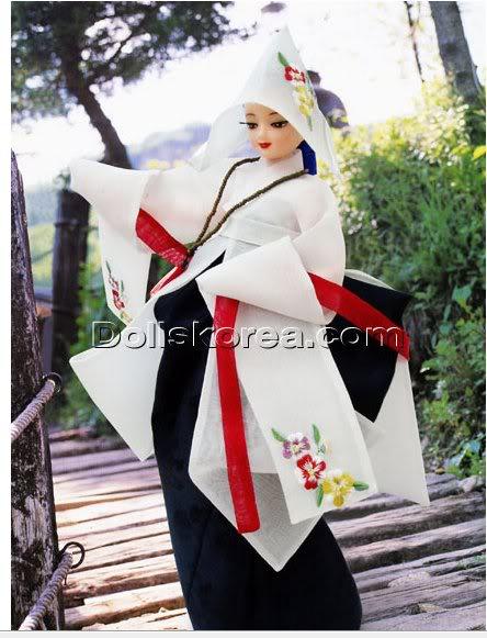 Geleneksel Kıyafetlerle Kore Oyuncak Bebekleri - Sayfa 2 69-1