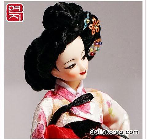 Geleneksel Kıyafetlerle Kore Oyuncak Bebekleri 7-4