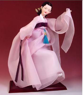 Geleneksel Kıyafetlerle Kore Oyuncak Bebekleri 9-1