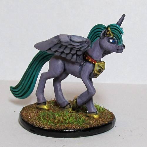 Pewter Ponies, little gaming sculptures on Kickstarter Pirncessofthenight_zps96c9ee6a