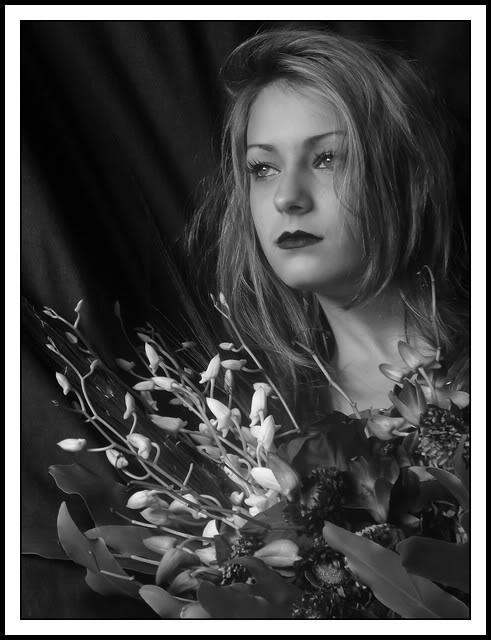 La belle parmis les fleurs 056_filtered-1
