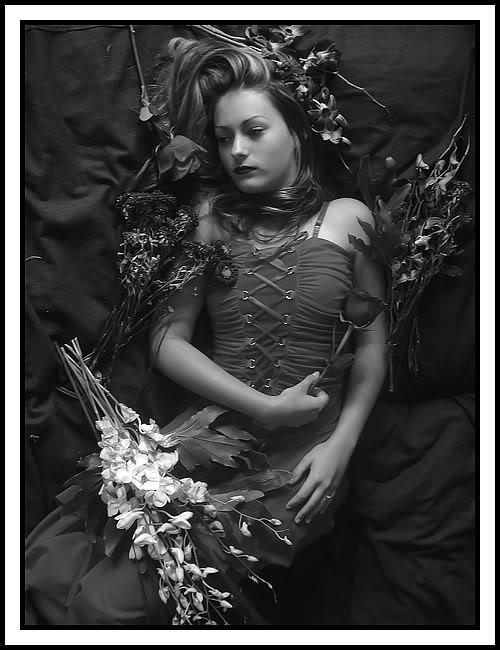 La belle parmis les fleurs 268_filtered
