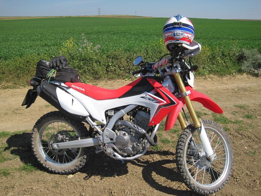 nuevo desde sevilla y estrenando moto: honda crf 250 l IMG_5749_2_zps3e52bfa1